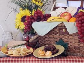 Sandwich Lunch Basket